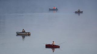«Ναυμαχία» για τα χτένια: Βρετανοί και Γάλλοι ψαράδες συγκρούονται στα νερά της Μάγχης