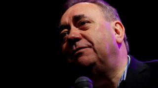 Παραιτήθηκε από το κόμμα του ο πρώην πρωθυπουργός της Σκωτίας υπό το βάρος σεξουαλικού σκανδάλου