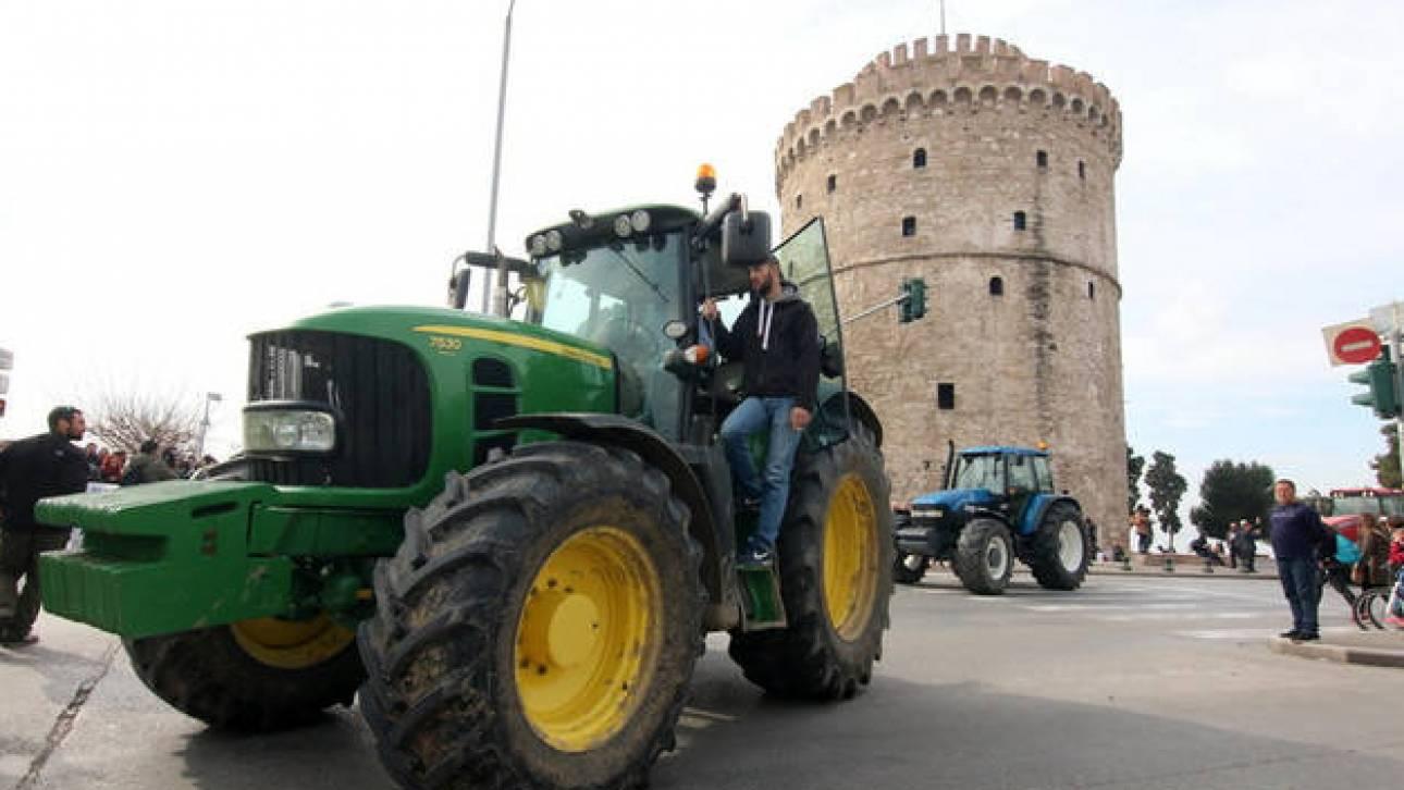 Αγρότες: «Ζεσταίνουν» μηχανές ενόψει ΔΕΘ
