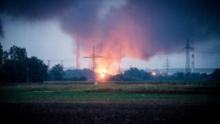 Γερμανία: Έκρηξη και φωτιά σε διυλιστήριο, αναφορές για τραυματίες