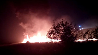 Ρωσία: Στις φλόγες αεροσκάφος μετά την προσγείωσή του - Σώοι οι 173 επιβάτες του