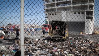 «Ελευθέριος Βενιζέλος»: Έσβησε η φωτιά, βρήκαν καραμπίνα και φυσίγγια σε καμένο φορτηγάκι