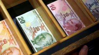 Βαθαίνει η οικονομική κρίση στην Τουρκία, αυξήσεις σε φυσικό αέριο και ηλεκτρικό