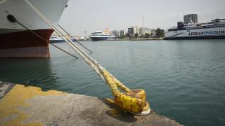 ΠΝΟ: Δεμένα αύριο τα πλοία στα λιμάνια