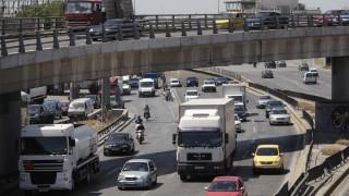 Ανατροπή νταλίκας: Κανονικά η κυκλοφορία στην Εθνική Αθηνών-Λαμίας