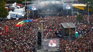 Γερμανία: Δεκάδες χιλιάδες άνθρωποι στη συναυλία - διαμαρτυρία κατά της ακροδεξιάς