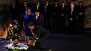 Ο Ντουτέρτε χαρακτηρίζει τον Χίτλερ «τρελό» και ζητά συγγνώμη από τον Ομπάμα