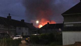 Μεγάλη φωτιά σε δημοτικό σχολείο στο Λονδίνο