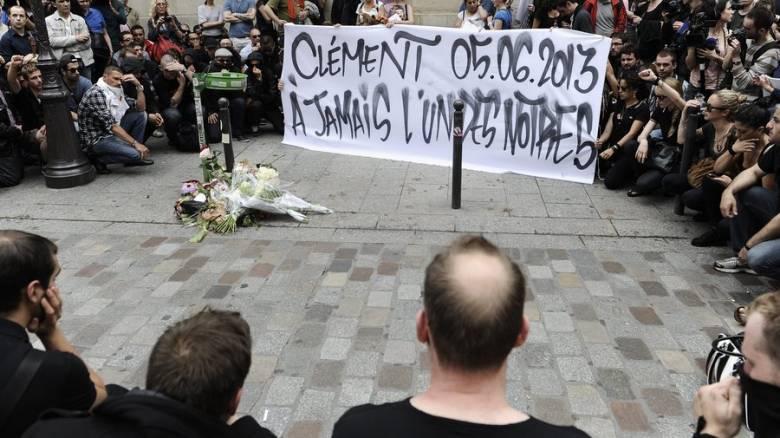 Παρίσι: Ξεκίνησε η δίκη τριών σκίνχεντ για τον θάνατο φοιτητή