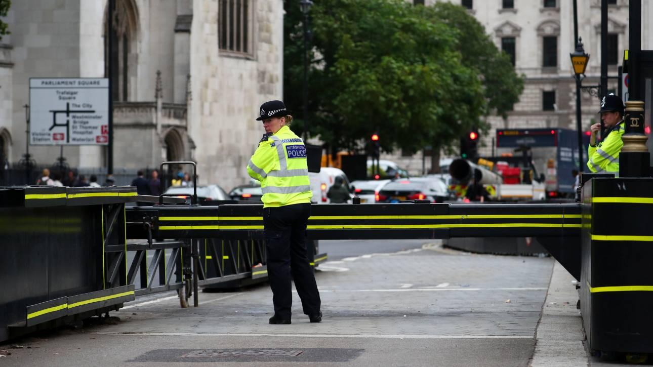Λονδίνο: Τρεις άνδρες στο νοσοκομείο από επίθεση με «τοξικές ουσίες»