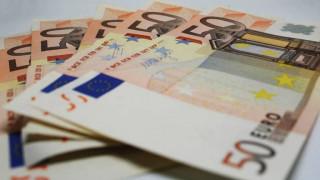 Στα 101,7 δισ. ευρώ τα χρέη προς την εφορία, παρά το τσουνάμι κατασχέσεων