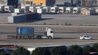 24ωρη απεργία της ΕΝΕΔΕΠ: Δεν κινούνται εμπορεύματα στον Πειραιά