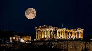 RAI: αποθεώνει την Ελλάδα ως χώρα που ούτε οι Θεοί δεν μπόρεσαν να εξηγήσουν