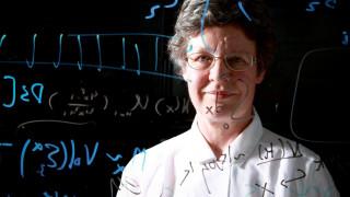 Τζόσελιν Μπελ Μπέρνελ: γιατί η κορυφαία αστροφυσικός δωρίζει τρόπαιο $3 εκατομμυρίων