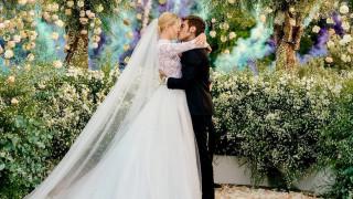 Στέφανο Γκαμπάνα: οργή fashionista εναντίον του για το «φτηνιάρικο Dior νυφικό» της Κιάρα Φεράνι