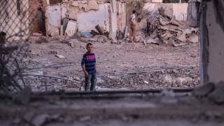 Συρία: Ρωσικά και συριακά μαχητικά «σφυροκόπησαν» πόλεις στην Ιντλίμπ