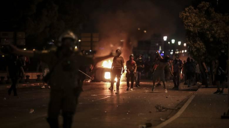 ΔΕΘ 2018: Άγρια επεισόδια, συλλήψεις και καταγγελία για χρήση όπλου από διαδηλωτή