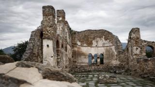 Ξενάγηση στο γραφικό νησάκι του Αγίου Αχιλλείου στην Μικρή Πρέσπα