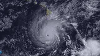 Η τροπική καταιγίδα Φλόρενς μετατρέπεται σε τυφώνα και «απειλεί» τις ανατολικές ακτές των ΗΠΑ