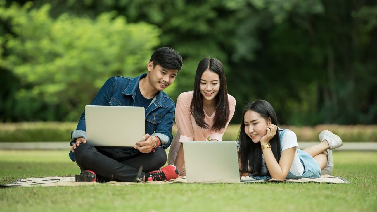 Η γενιά των Millennials στην Κίνα συνδυάζει ανώτερες σπουδές και τέχνες