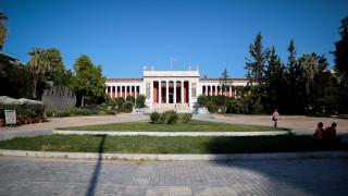 Ποινική δίωξη σε βάρος των δύο γυναικών που βανδάλιζαν μουσεία