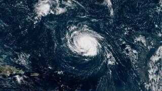 Ο τυφώνας Φλόρενς αναβαθμίστηκε και απειλεί τις ΗΠΑ