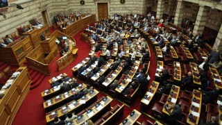 Τροπολογία για κατ' εξαίρεση μεταθέσεις σε γραφεία Τύπου