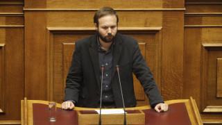Βουλευτές του ΣΥΡΙΖΑ για ρατσιστικές επιθέσεις κατά ανήλικων προσφύγων