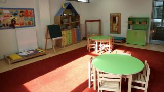 Χαρίτσης: Θα δοθούν 126.000 voucher για βρεφονηπιακούς σταθμούς