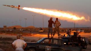 Λιβύη: Ρουκέτες έπληξαν την περιοχή του μοναδικού αεροδρομίου της Τρίπολης