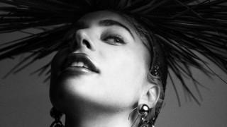Lady Gaga: ο βιασμός & η χρόνια πάθηση που τη στοιχειώνει στη Vogue