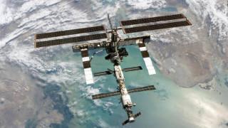 Δημοσίευμα «ρίχνει» την ευθύνη για τη μικρορωγμή στον ISS σε Αμερικανούς αστροναύτες