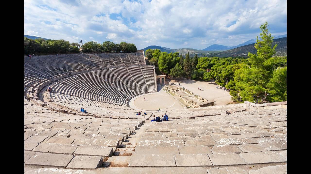 https://cdn.cnngreece.gr/media/news/2018/09/13/146592/photos/snapshot/unesco_greece_world_heritage5.jpg