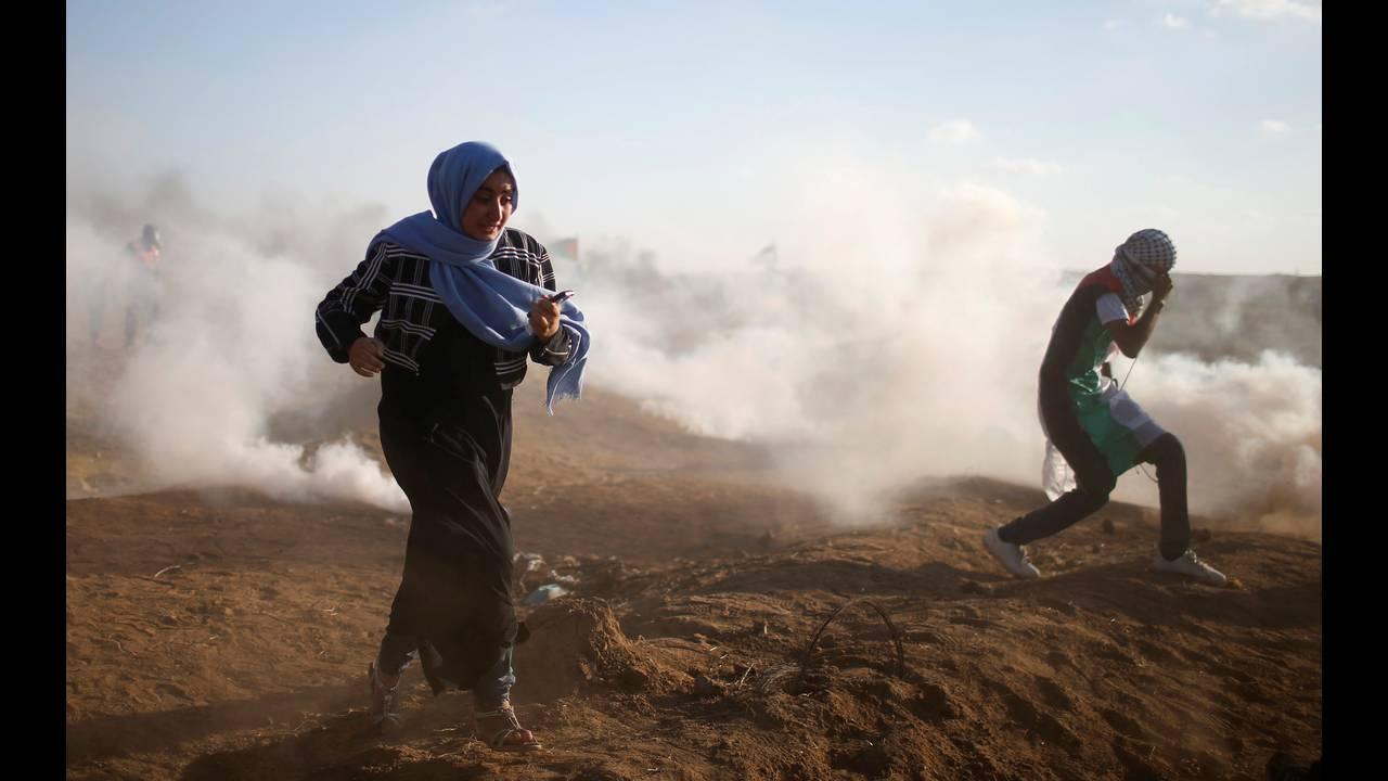 https://cdn.cnngreece.gr/media/news/2018/09/14/146795/photos/snapshot/2018-09-14T150845Z_1547484763_RC1836A73D70_RTRMADP_3_ISRAEL-PALESTINIANS-PROTESTS.JPG
