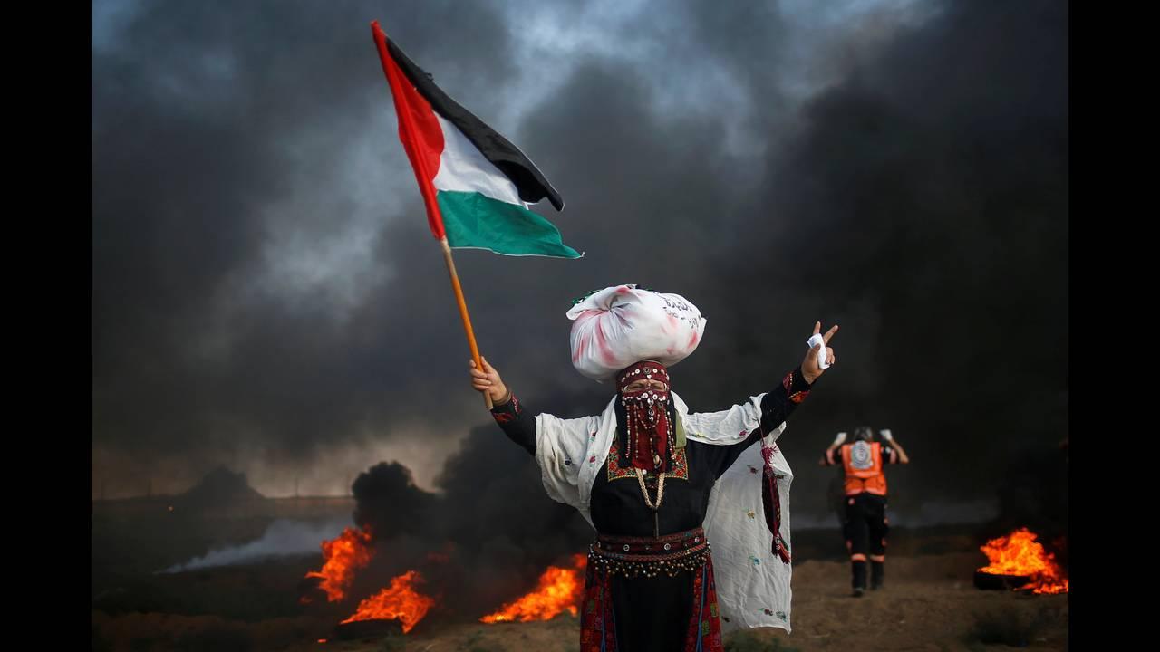 https://cdn.cnngreece.gr/media/news/2018/09/14/146795/photos/snapshot/2018-09-14T151121Z_445721869_RC1EDBFFD770_RTRMADP_3_ISRAEL-PALESTINIANS-PROTESTS.JPG
