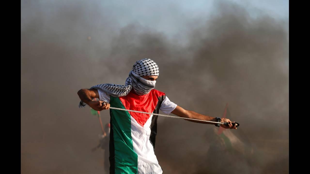https://cdn.cnngreece.gr/media/news/2018/09/14/146795/photos/snapshot/2018-09-14T152322Z_1359248847_RC1857FCC430_RTRMADP_3_ISRAEL-PALESTINIANS-PROTESTS.JPG