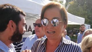 Στη ΔΕΘ και η Ντόρα Μπακογιάννη: Η σύντομη συνάντηση με τον Μητσοτάκη (pics&vid)