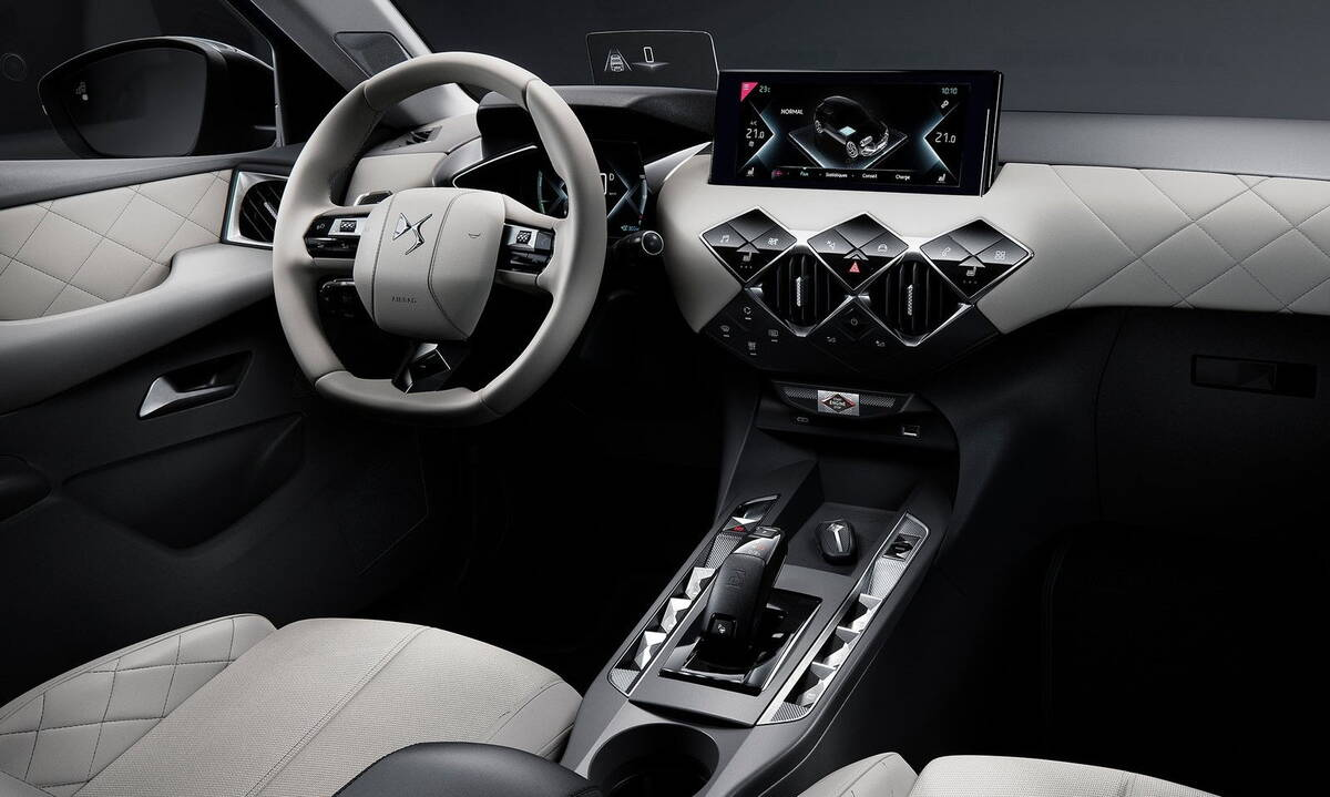 DS3 CROSSBACK 8