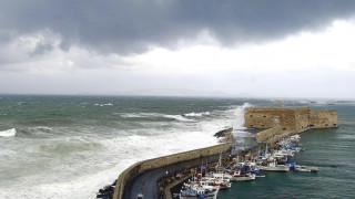 Η Κρήτη θρηνεί τον χαμό του 16χρονου που έπεσε στο Ενετικό Λιμάνι του Ηρακλείου