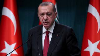 «Είναι δώρο»: Ο Ερντογάν απαντά για το «ιπτάμενο παλάτι» του