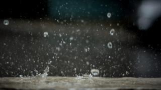Καιρός: Νεφώσεις με λίγες βροχές και πτώση της θερμοκρασίας την Τρίτη