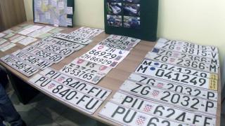 ΑΑΔΕ: Ποιοι ιδιοκτήτες κινδυνεύουν να χάσουν τις πινακίδες των οχημάτων τους