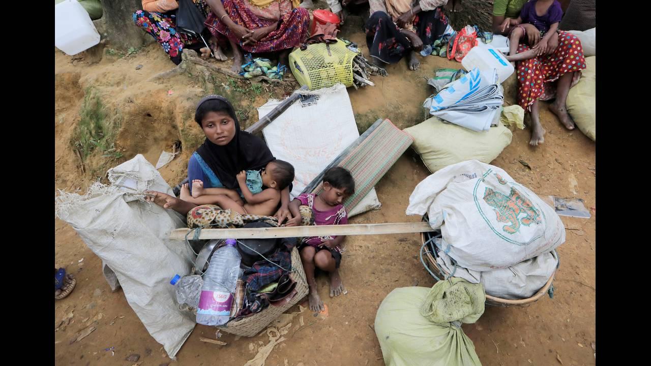 https://cdn.cnngreece.gr/media/news/2018/09/18/147289/photos/snapshot/2017-10-19T120252Z_161872369_RC1F3657B8F0_RTRMADP_3_MYANMAR-ROHINGYA-BANGLADESH.JPG