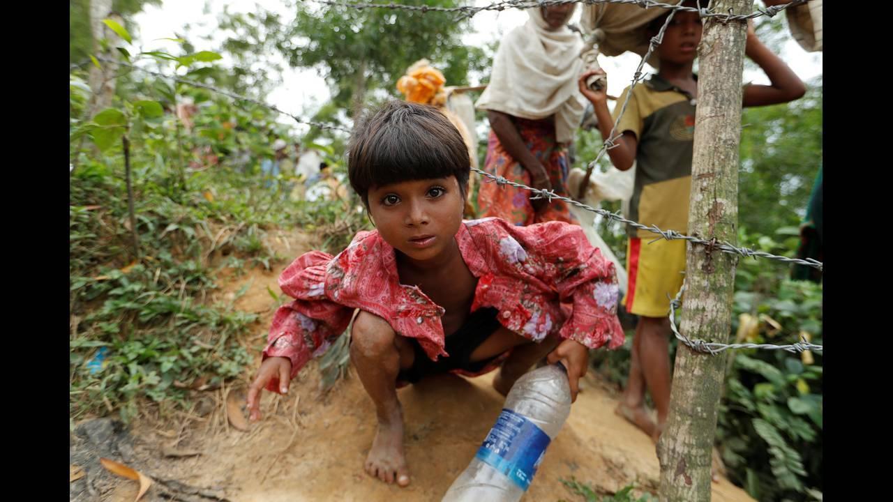 https://cdn.cnngreece.gr/media/news/2018/09/18/147289/photos/snapshot/2017-10-19T120428Z_1914225412_RC15564AA710_RTRMADP_3_MYANMAR-ROHINGYA-BANGLADESH.JPG