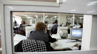 Συντάξεις: Τα όρια ηλικίας αφορούν τις εργαζόμενες στο Δημόσιο