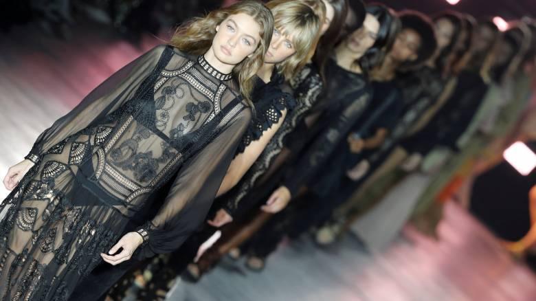 Eβδομάδα μόδας: 60 ντεφιλέ, athleisure αλλά χωρίς Gucci το Μιλάνο για το στιλ της Άνοιξης