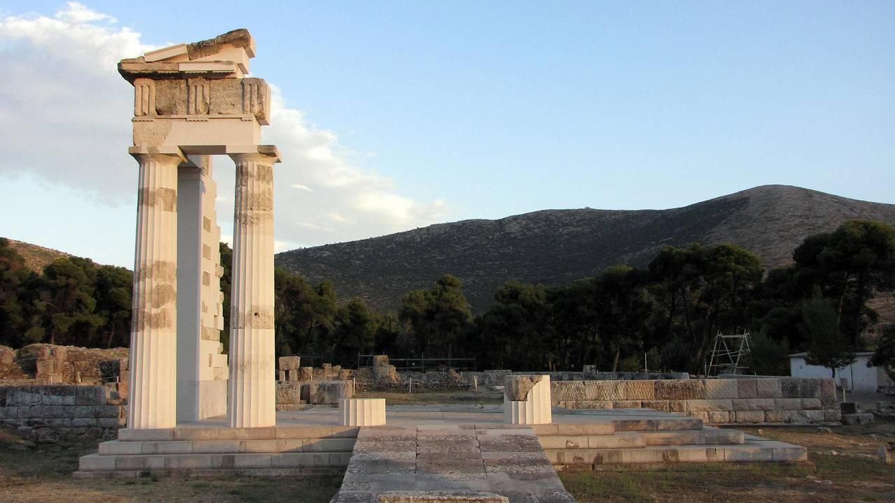 https://cdn.cnngreece.gr/media/news/2018/09/20/147518/photos/snapshot/unesco_greece_world_heritage4.jpg