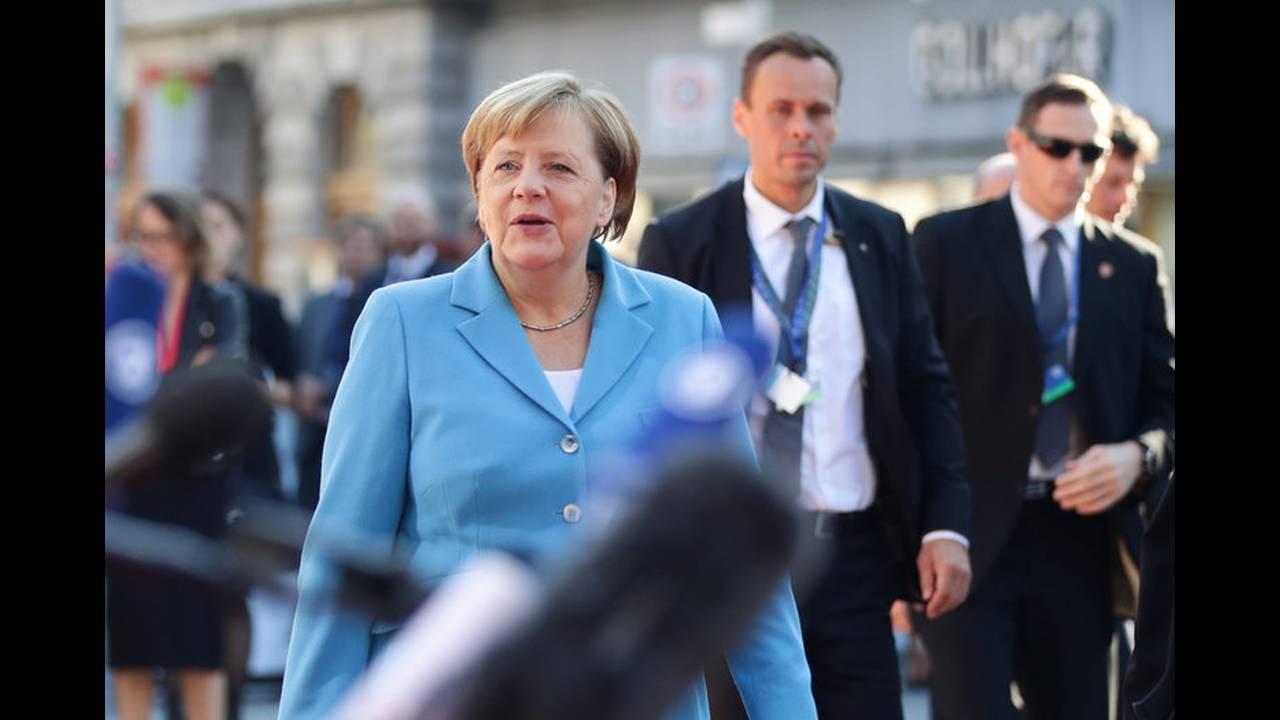 https://cdn.cnngreece.gr/media/news/2018/09/20/147525/photos/snapshot/2018-09-20T073221Z_966972745_RC1D969D3000_RTRMADP_3_EU-SUMMIT.jpg