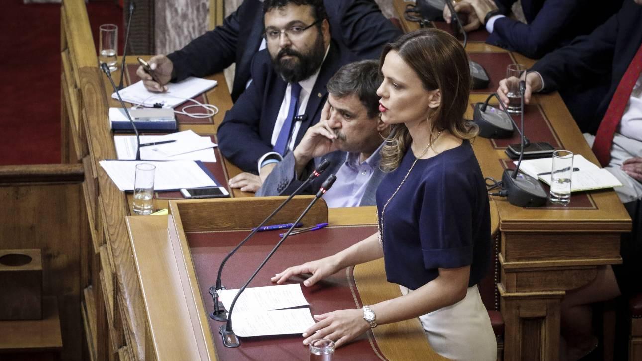 Υπερψηφίστηκε η τροπολογία για την αύξηση του κατώτατου μισθού