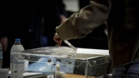 Προβάδισμα της ΝΔ έναντι του ΣΥΡΙΖΑ σε νέα δημοσκόπηση